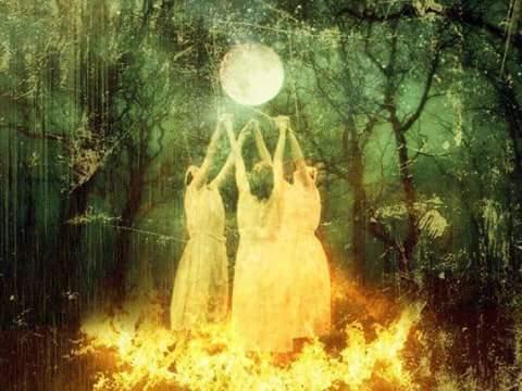 La Notte di S. Giovanni: il natale d'estate fra riti, erbe magiche, antiche tradizioni e streghe