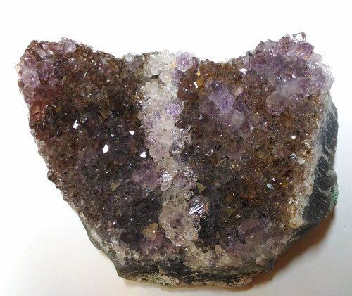 Le pietre della Caverna: cristalli in vendita