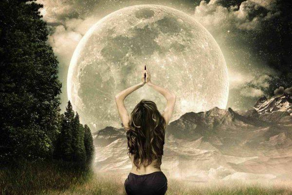 Luna piena 19 febbraio: un aiuto dai Devah