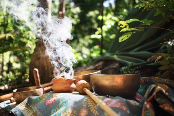 Rituale di purificazione dell'aura con l'erba luigia