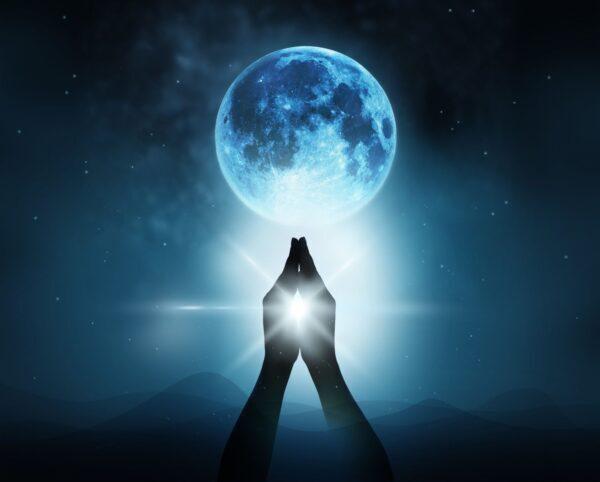 Luna piena 8 aprile: Chitra e il diamante interiore