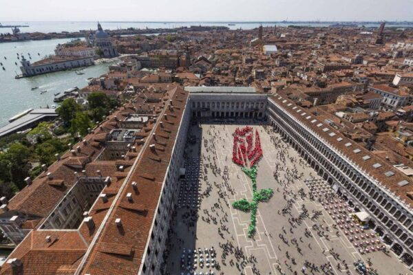 La leggenda Veneziana del Bócolo: la rosa delll'amore eterno