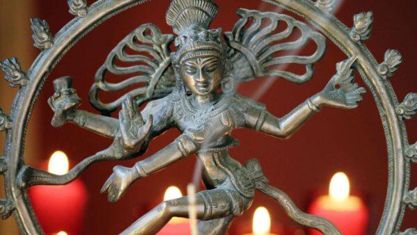 Luna nuova in Dhanishta 11 febbraio 2021: donare amore in silenzio mentre impariamo ad amare il silenzio